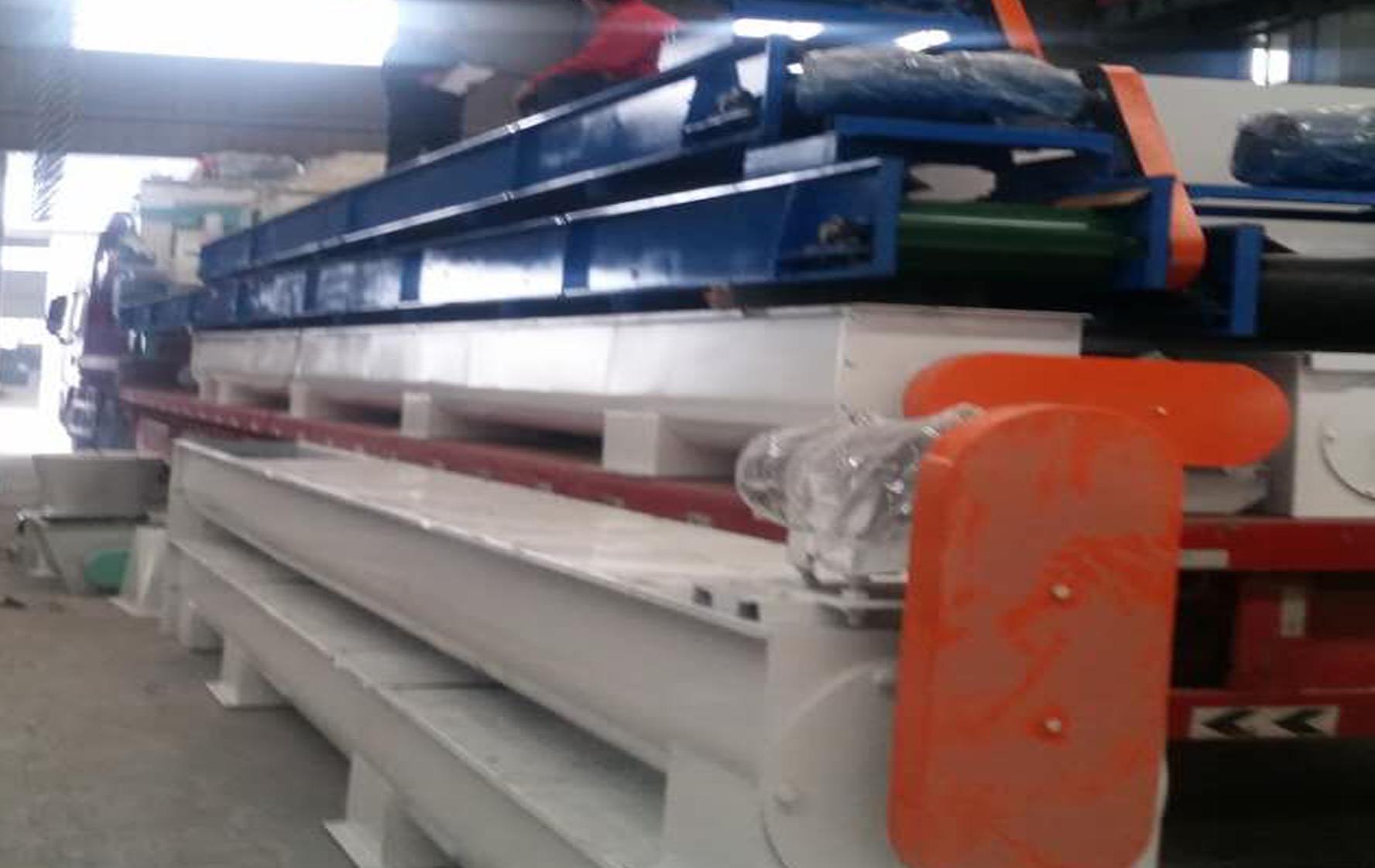 齐发机械-福建建瓯4台首发2台颗粒机成套设备顺林发货